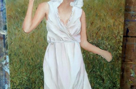 אישה בשדה לקראת סיום